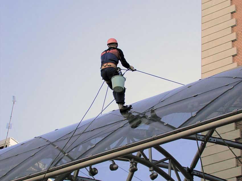 Gefährdungsbeurteilung für Dacharbeitsplätze